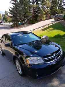 2011 Dodge Avenger 6500 OBO Labour day weekend only!