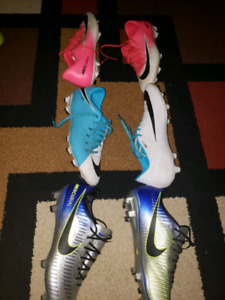 Nike soccer cleats for SALE!