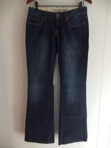 New Roots Women's Jeans Size 29