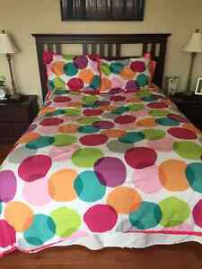 Double/Full Bedding Set - Polka Dots   $40 - comforter and 2 pil