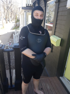 FOR SALE - Scuba diving gear - wetsuits in good shape