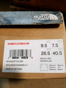 North Face women's shoes