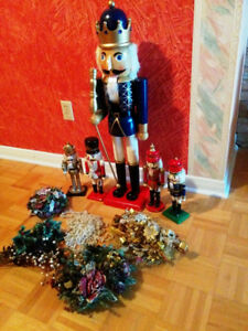 Xmas Wooden Nutcracker 3ft Tall Plus Set 4 and More!
