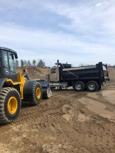 Gravel/topsoil/fill/crushed rock/pea rock/sand