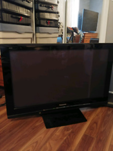 Selling 1080p 46inch Panasonic Viera th-46pz80u NEGOCIABLE