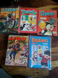 5 VINTAGE COMIC ANNUALS- LION, THE DANDY, THE BEANO