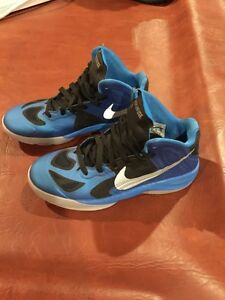 Nike Hyperfuse Basketball Shoes size 5.5