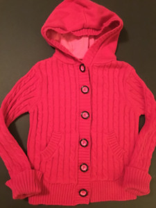 Cable knit fuchsia sweater excellent condition size 4T