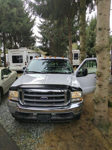 2004 Ford F-350 SD Lariat Pickup Truck
