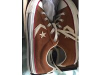 Brand new Converse unisex size 6 in box