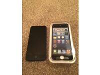 iPod Touch 32GB 5th Generation in Slate, VGC, inc case