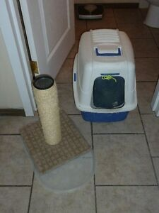 Large Cat Litter Box with domed lid,Scratch Post, mat dish scoop
