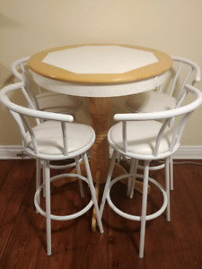 Hightop Kitchen Table & Bar Chairs