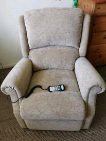 Celebrity rise and recline chair with dual motor, can be delivered