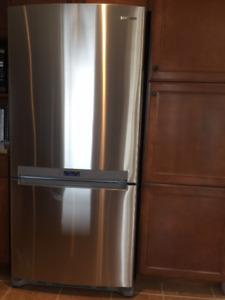 Stainless Steel Fridge, Stove and Dishwasher - Mint Condition!