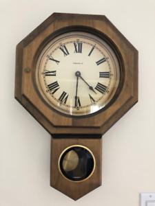 Horloge grand-père / à pendule murale Caravelle VINTAGE