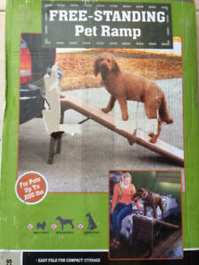 Freestanding pet dog ramp New!
