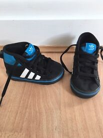 Adidas infant size 4 trainers