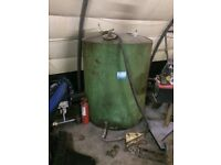 Diesel tank with filler hose