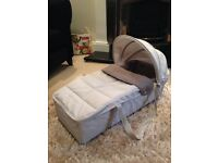 Brand New Dove Grey Newborn Soft Carry Cot - Maclaren