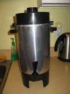 12-30 Automatic Party Perk Coffee Urn  coffee maker for a party