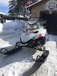 2011 Polaris RMK 600 144 Snowmobile