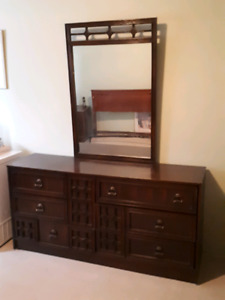 Vintage Bedroom suite+dresser