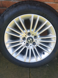 Genuine BMW 17inch Alloys with Perilli run flat tyres and spare