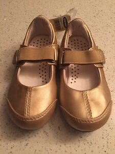 NEW! Gold shoes Toddler 3T