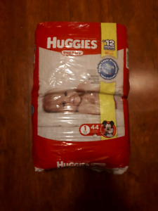 Huggies snug and dry diapers new