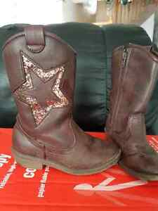 Girls size 11 Brown TCP cowgirl boots