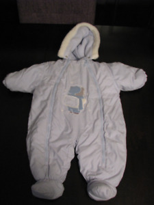 Gusti High Quality Baby Snow Suit.  Size 6m VERY WARM.