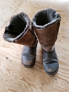 Emu Sheepskin Soft Leather Boots