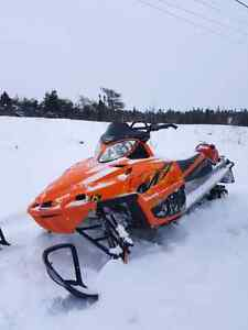 2006 M7 Artic cat, 153 with 2 1/2 paddle track