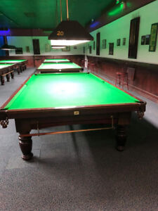 Dufferin 12' Snooker Table - Good Condition