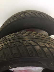 255 50 19 Pneus d'hiver/ Winter tires  ( x 2 ) $45 Ch.