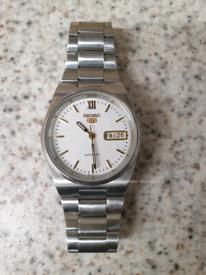5)Men vintage seiko 5 Automatic watch .
