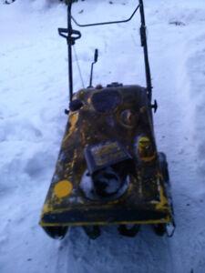 """YARD MAN 20"""" Gas Snow blower"""