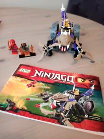 Lego Ninjago set 70745 Kai and condrai bike set