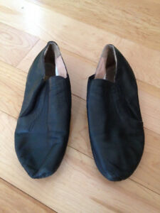 Jazz dance shoes - size 3