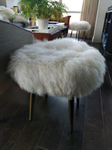 Mongolian Lamb Stool White