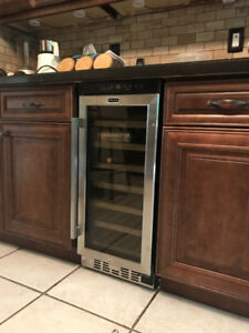 Whynter 33 Bottle Single Zone Built-In Wine Cooler *BRAND NEW*