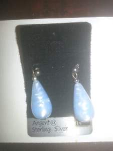 Swirly marble blue and white earrings