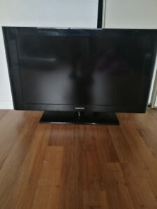 "32"" Samsung Flat Screen T.V."