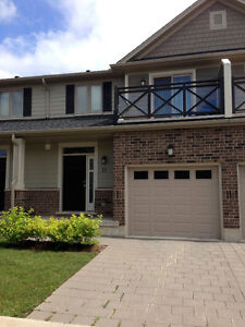 Townhouse 1 bedroom available Masonville Area