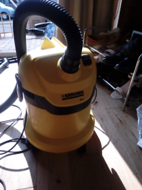 Karcher WD2 Vacuum Cleaner