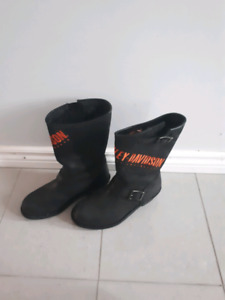 Women's  Harley Davidson  size 10 leather  boots