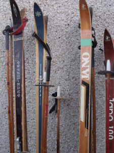 Vintage Cross Country Skis located in Peace River