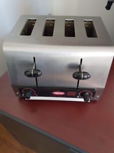 """Grille-pain commercial 4 tranches 1½"""" 120V"""