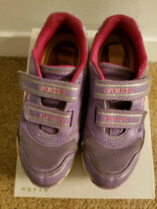 Girl's Geox Running shoes Size 13